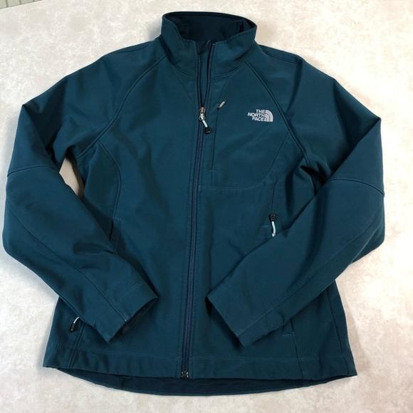 14101534c3 Beautiful   EUC women s North Face jacket size M. M 5c38060c4ab633e6f65c2bc4
